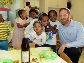 Christian group sponsors first wave of renewed Ethiopian aliya