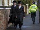 London Mayor Sadiq Khan seeks to reassure the Jewish community following spate of anti-Semitic attacks