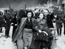 «Евреи добровольно шли жить в гетто» – шокирующее заявление отца премьер-министра Польши