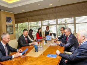 В МВД Украины состоялась встреча с генеральным директором Всемирного еврейского конгресса Робертом Зингером