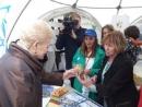 Президент Литвы посетила стенд «Лавки бейгелей» на мероприятии Праздника песни