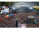 Концерт в Хемнице против расизма собрал 50 тысяч человек