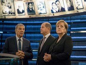 Канцлер Меркель рассказала о своем отношении к геноциду еврейского народа