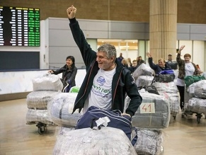 As conflict with Russia goes on hundreds of Ukrainian Jews reach Israel