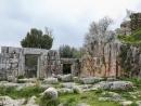 Вандалы осквернили древнюю синагогу на горе Мерон