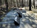 В Литве на могиле расстрелянных еврейских гимназистов установлены памятные знаки