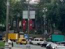 Киевлян заставили поволноваться нацистские штандарты на центральной улице