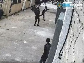 Во время богослужения в Рош а-Шана разбили окна бруклинской синагоги