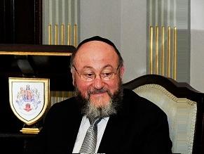 In unprecedented intervention, British chief rabbi warns against Labour victory