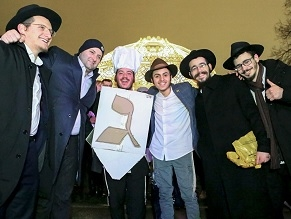 Jews Celebrate Hanukkah in Moscow. Some Still Can't Believe It