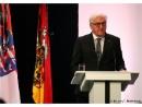 Президент ФРГ Штайнмайер призвал к борьбе с ненавистью и расизмом