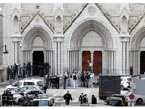 Теракт в Ницце: погибли три человека