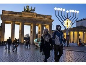 Рост немецкого антисемитизма и экстремизма заставляет евреев сомневаться в своем будущем