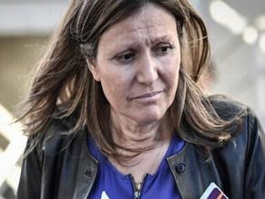 Во Франции депутату-еврейке посоветовали «собирать чемоданы в лагеря»