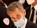 Бывший президент Франции приговорен к трем годам лишения свободы