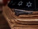 От ладино до иудео-малаялам. Проект Wikitongues спасает исчезающие еврейские языки