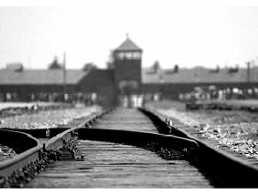В мэрии Иерусалима проходит выставка фотографий выживших в Холокост