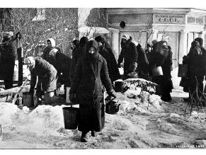Почему Германия решила платить пенсии блокадникам-евреям