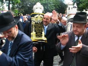 Евроазиатский еврейский конгресс открыл в Тбилиси возрожденную синагогу